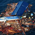 VIDEO: Fishermen Report 'Waist-High' Fukushima Debris in Pacific