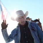 Oregon Standoff Turns Violent; Leading Spokesman Dead